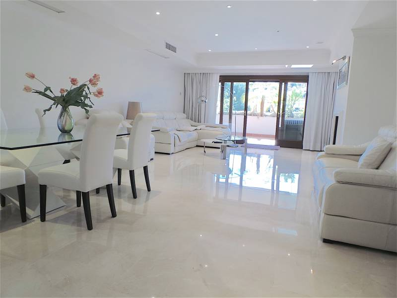 Amazing bright apartment in Marbella
