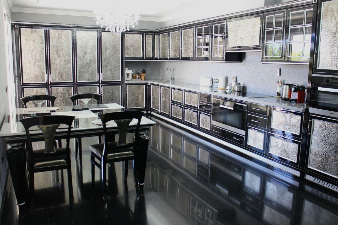 Contemporary Villa in Sierra Blanca,Marbella