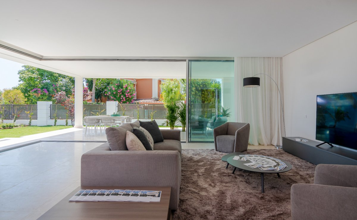 Beautiful contemporary villa in San Pedro, Marbella.