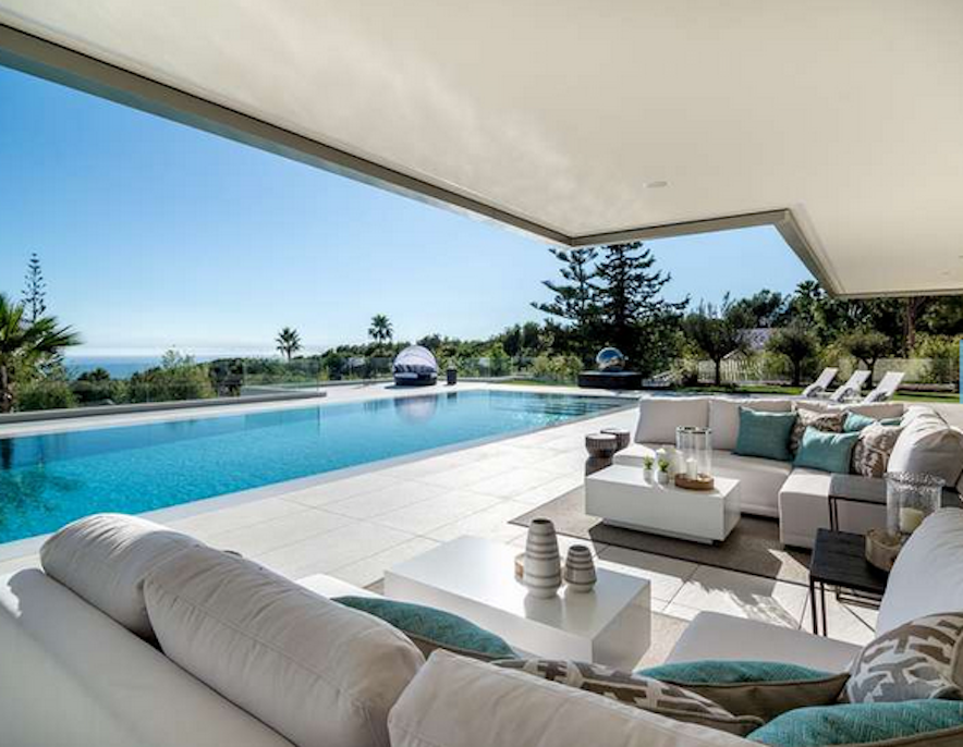 Luxury villa in Sierra Blanca