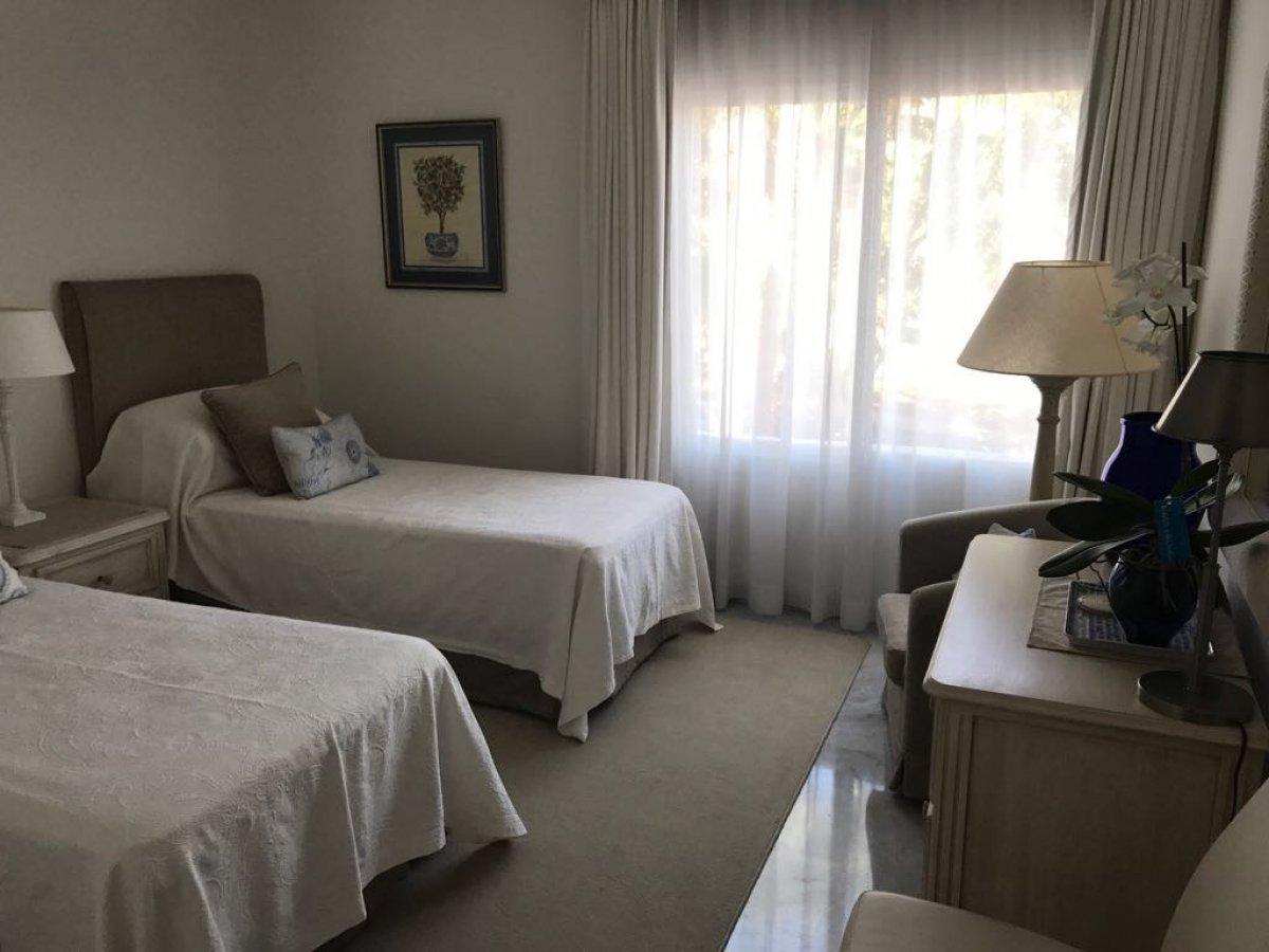 Luxury apartment Puente Romano.