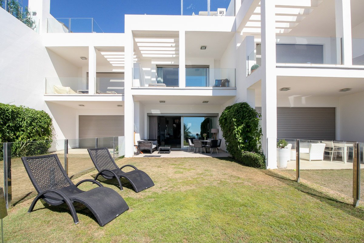 Luxury Townhouse in Sierra Blanca with panoramic views to the sea