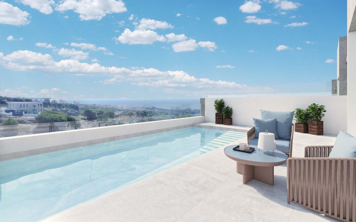 Espectacular adosada con vistas al mar y campos de golf en Cabo Pino, Marbella