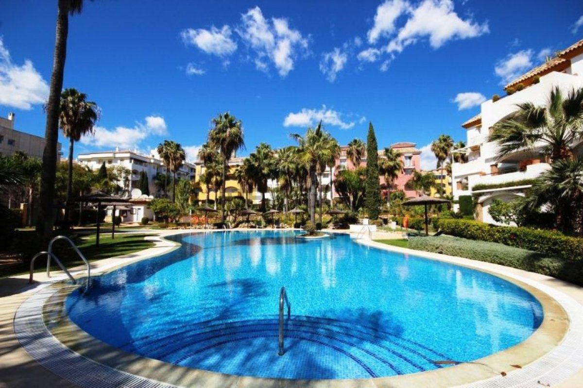 Luxury ground floor 4 bed apartment in El Infantado on The Golden Mile
