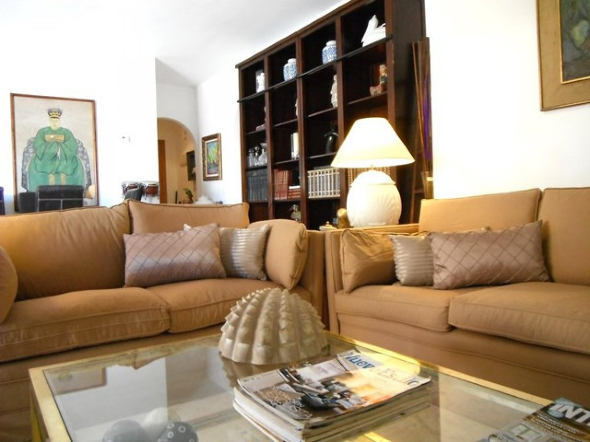 Stunning penthouse-duplex in Jardines de Sierra Blanca, Golden Mile