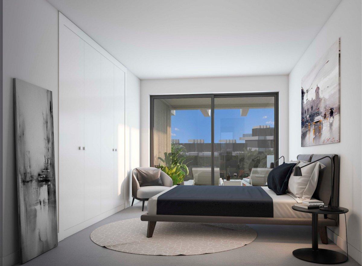 Bonito apartamento con grande terraza entre Estepona y Marbella