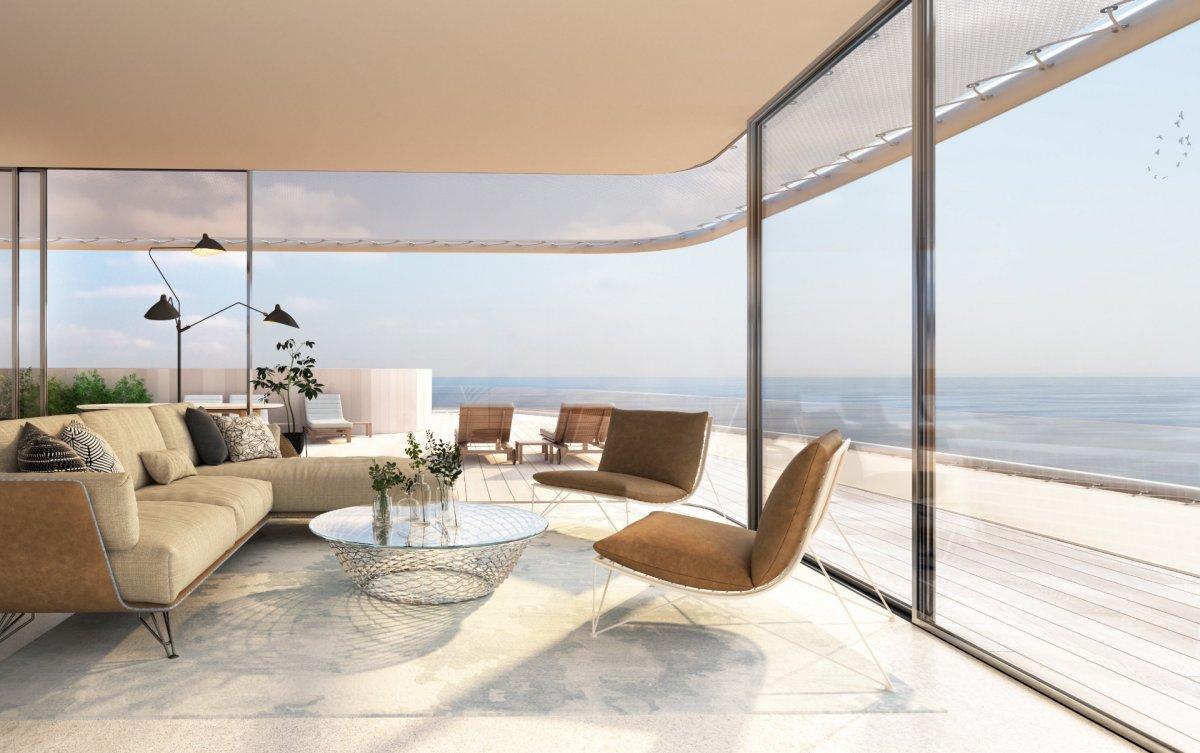 Excepcional apartamento con increibles vistas, ubicado en la primera linea de la playa, Estepona