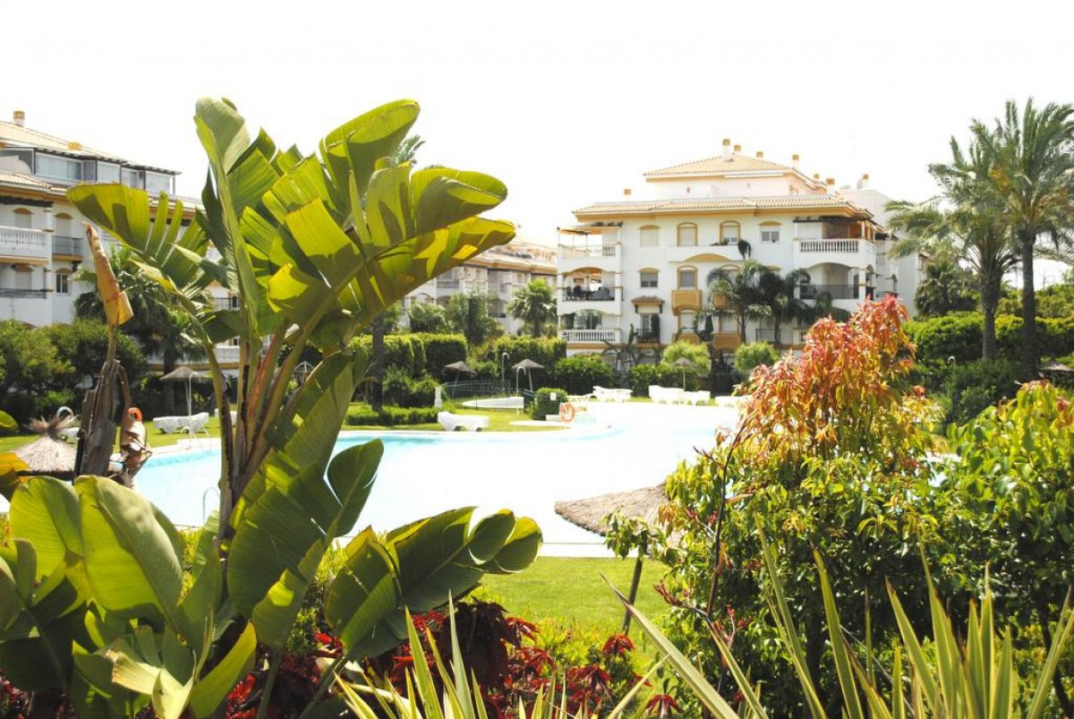 Apartment in Dama de Noche a walking distance from Puerto Banus and the beach