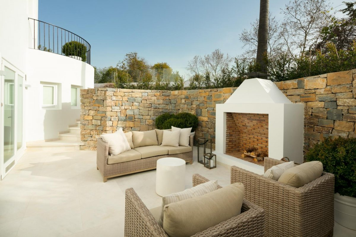 Villa de lujo en primera línea de golf Las Brisas, Nueva Andalucia