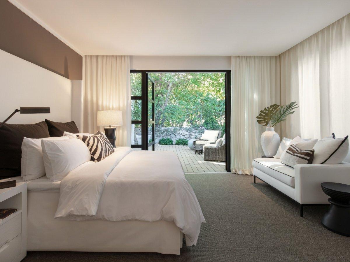 Moderna villa con vistas al mar, golf, lago y montaña en Nueva Andalucia, La Cerquilla