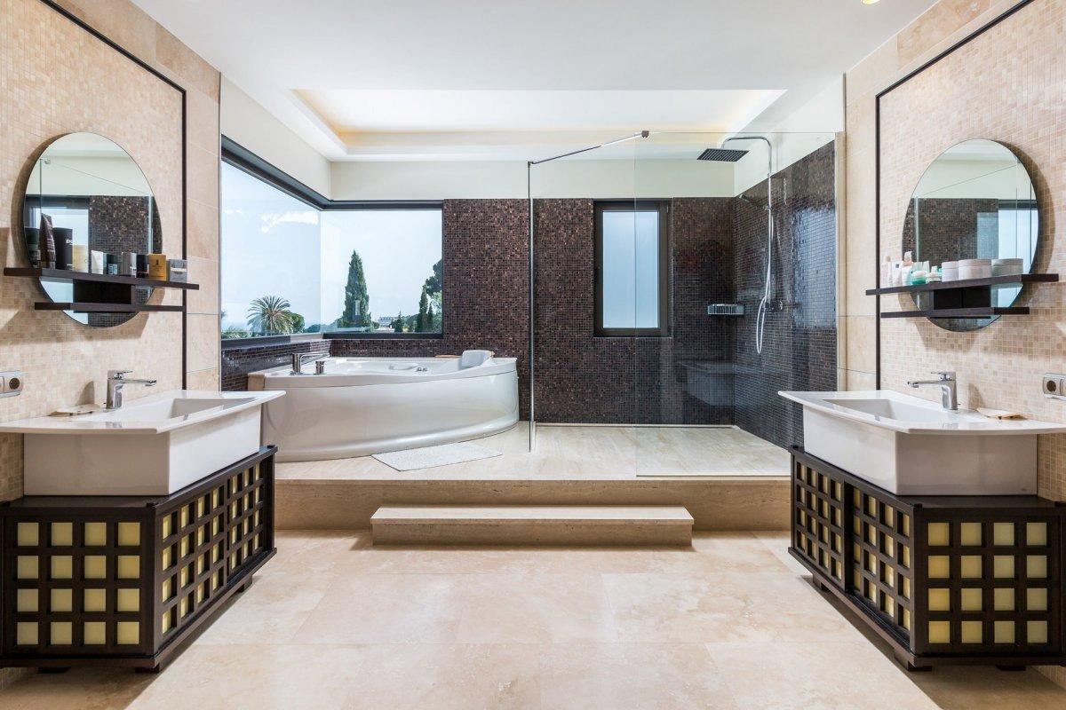 Luxury Villa Las Brisas, Nueva Andalucía