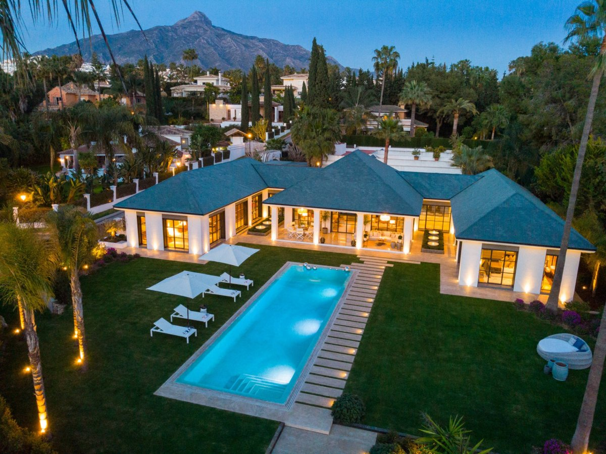 First Line Golf Villa Las Brisas, Nueva Andalucia