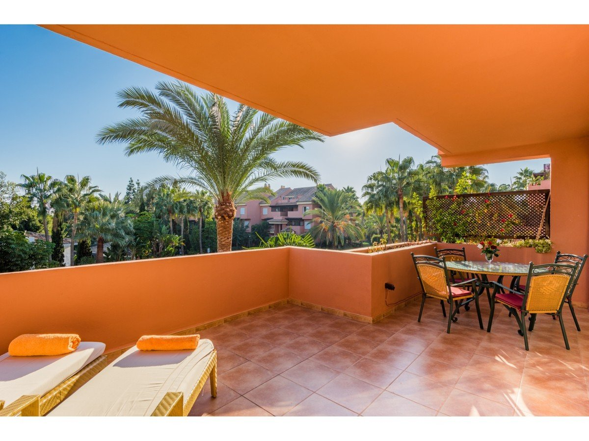 Apartment in Embrujo Playa, Marbella