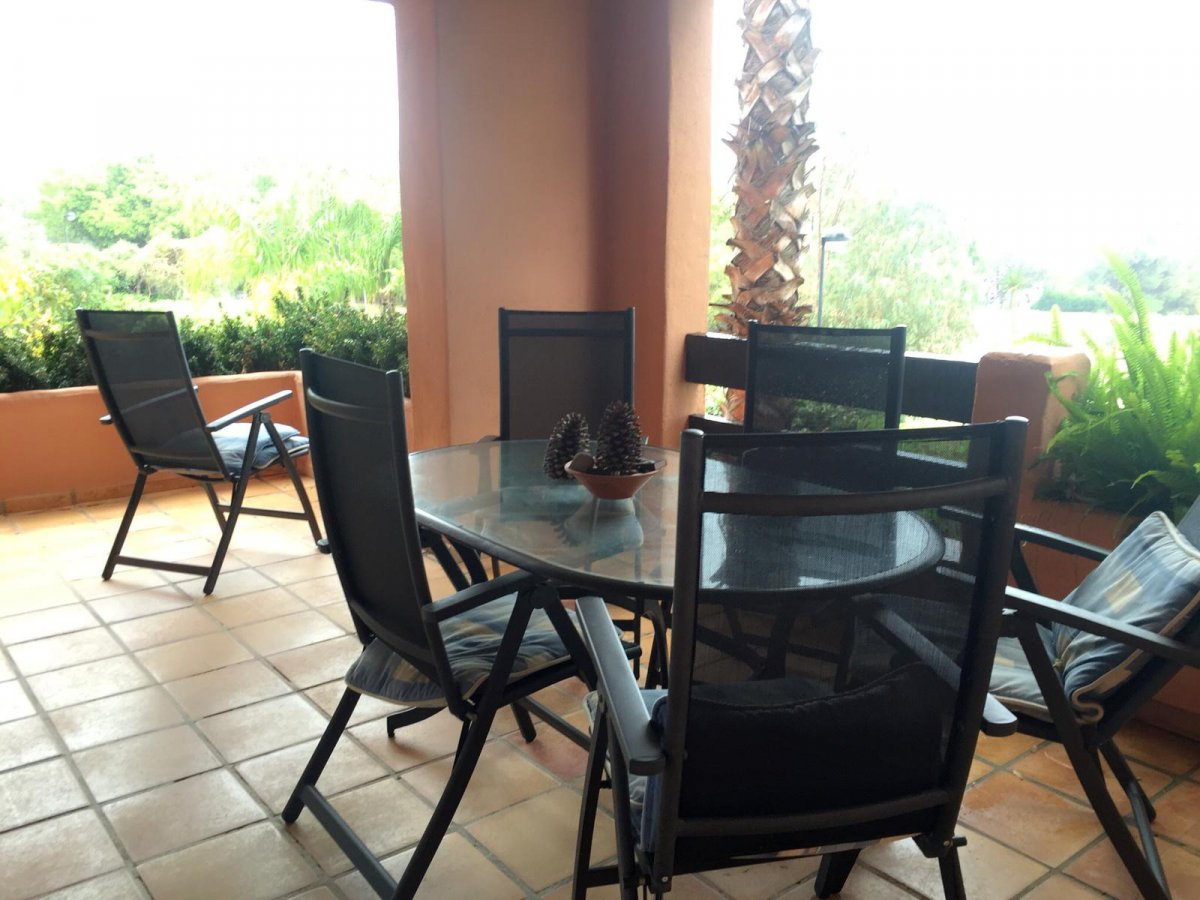 Spacious apartment 200 meters from the beach in Oasis de Marbella, Golden Mile