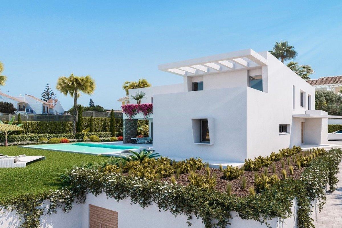 Современная вилла с красивым частным садом в Алькерия