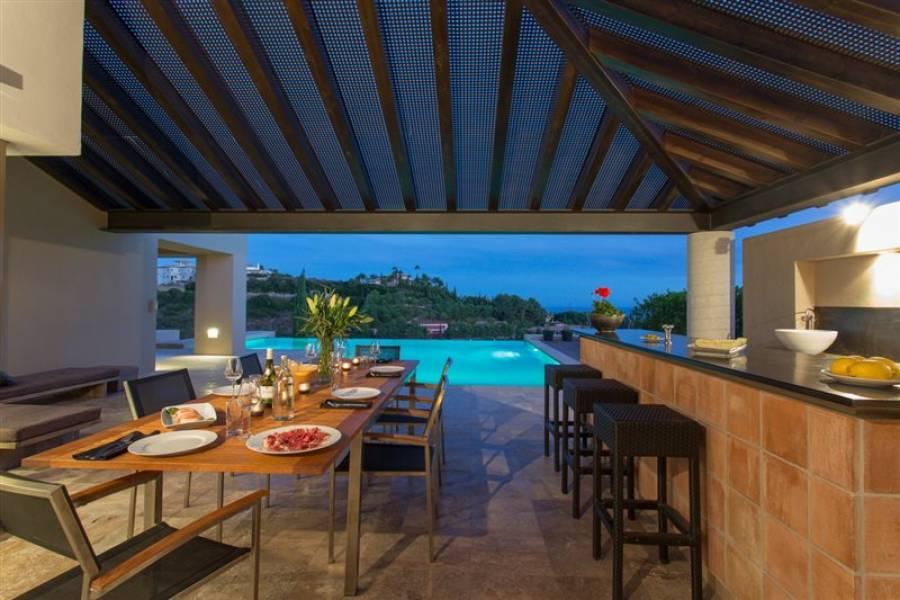 Modern Villa en Estepona Los Flamingos