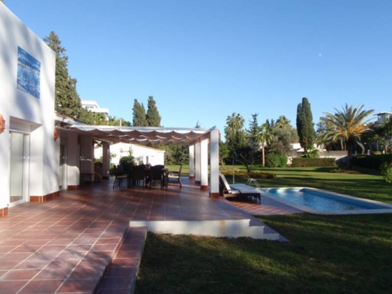 exceptional villa Natasha