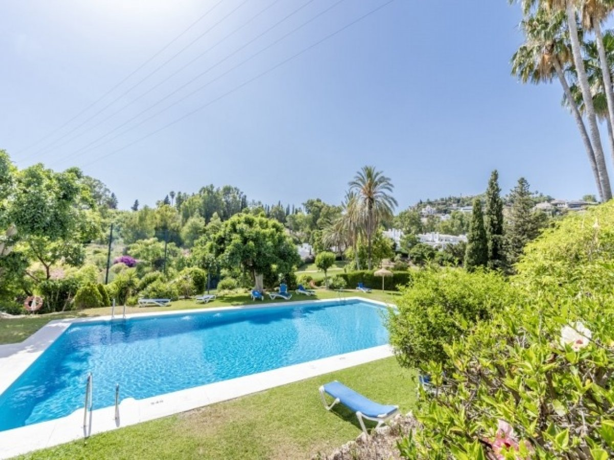 Apartment overlooking the lake and golf courses in Los Balcones de La Quinta