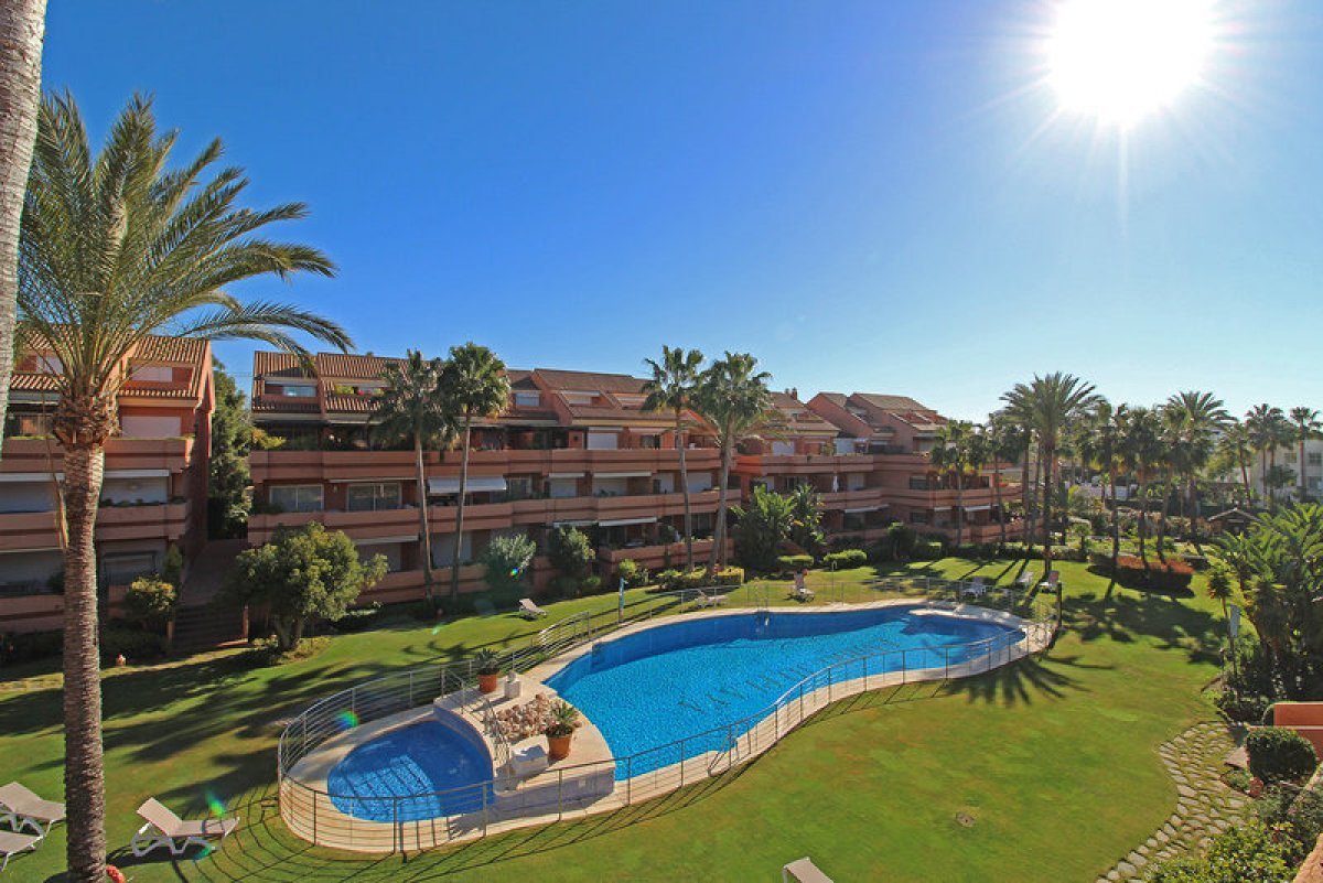 First floor apartment in Embrujo Playa, Marbella