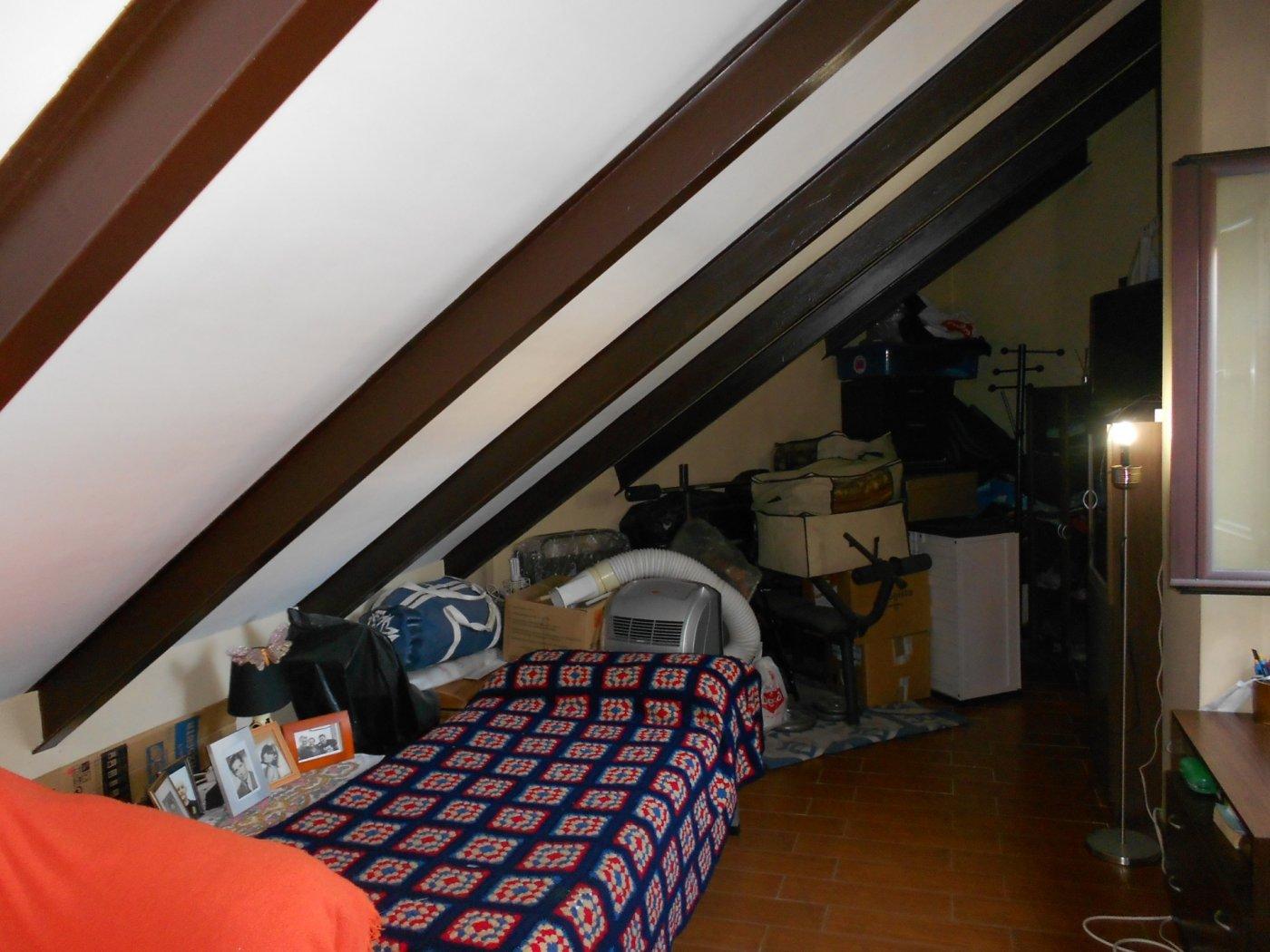 Casa adosada entre ollerÍas y san agustÍn - imagenInmueble11