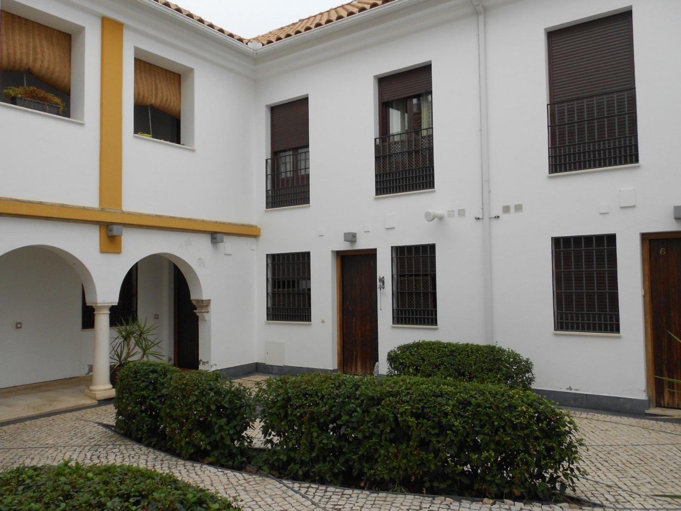Casa adosada entre ollerÍas y san agustÍn - imagenInmueble25