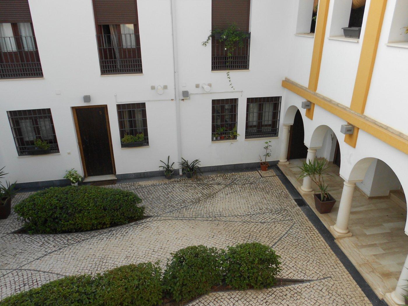 Casa adosada entre ollerÍas y san agustÍn - imagenInmueble27