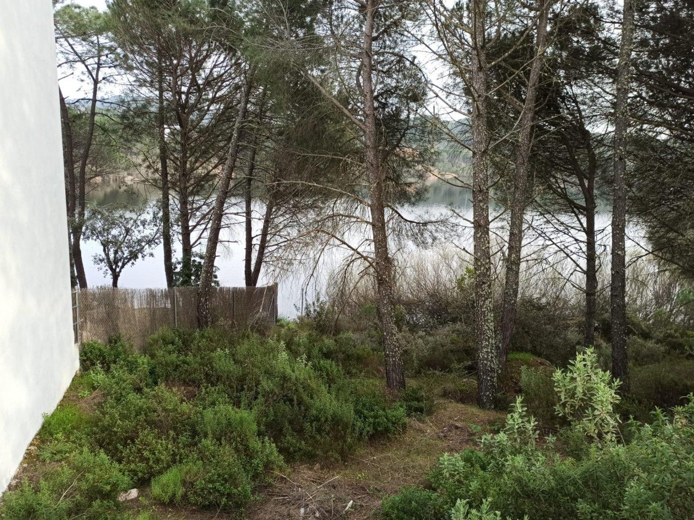 Se vende parcela urbana en las jaras a orilla del lago - imagenInmueble17