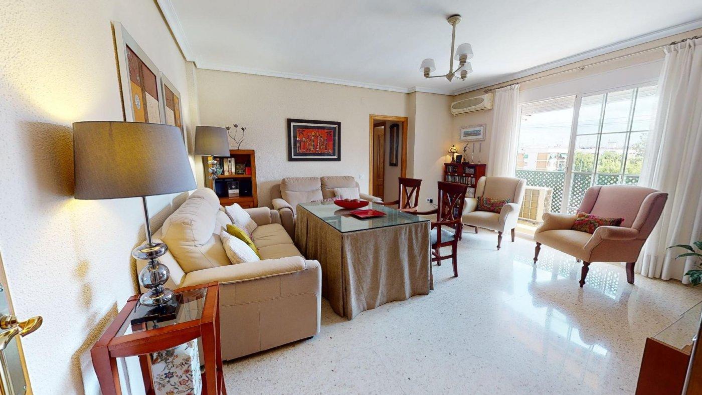 piso en cordoba · santa-mª-de-trassierra 140000€