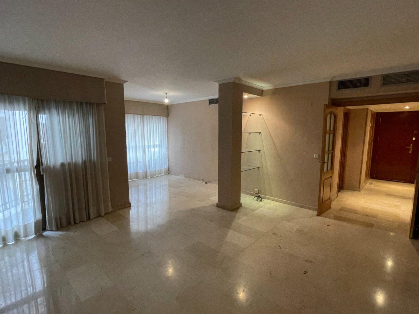 Estupendo piso en el corazon del centro de  cordoba - imagenInmueble0