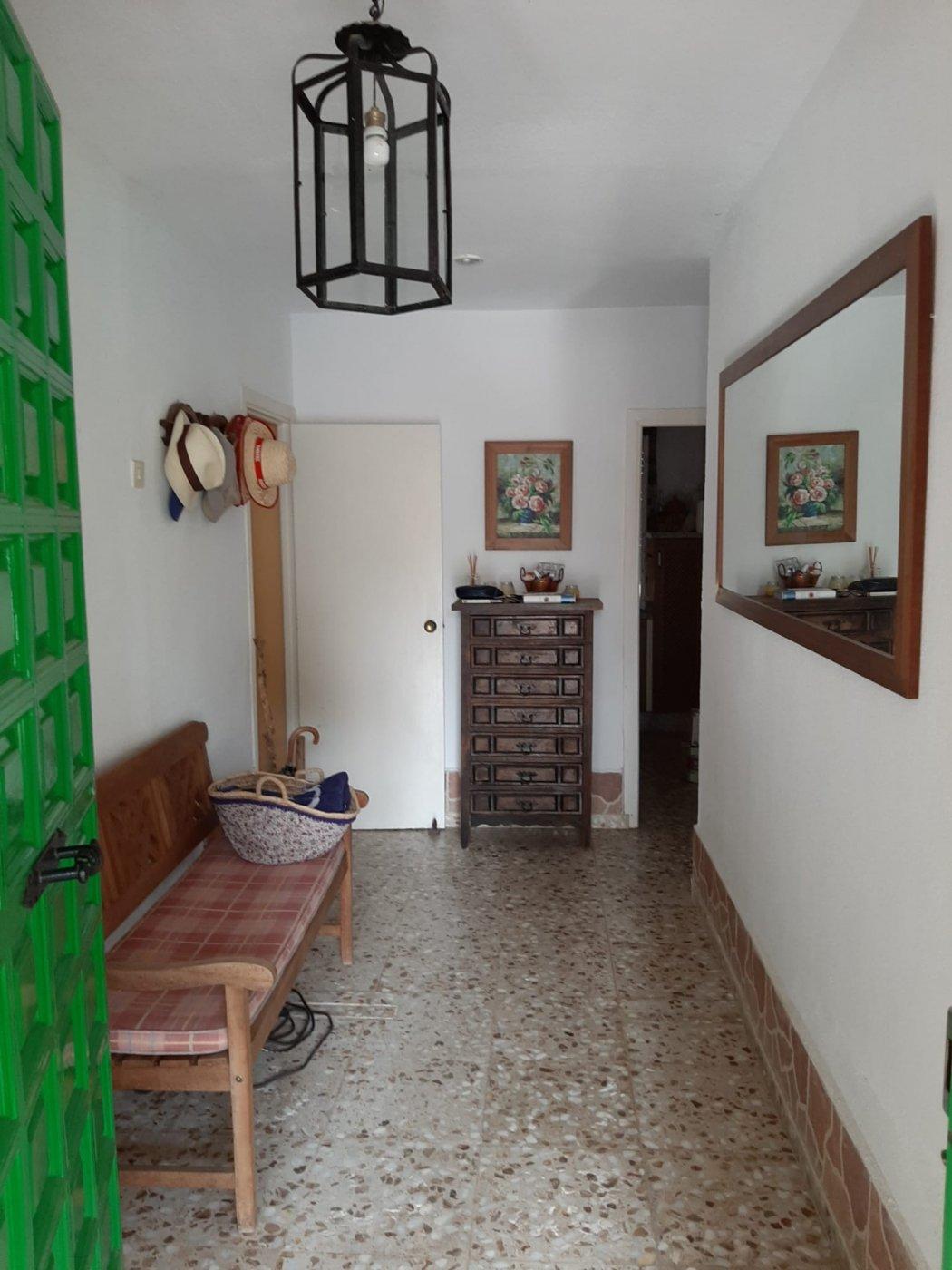Estupenda casa con piscina propia en zona de assuan- las jaras-cÓrdoba. - imagenInmueble9