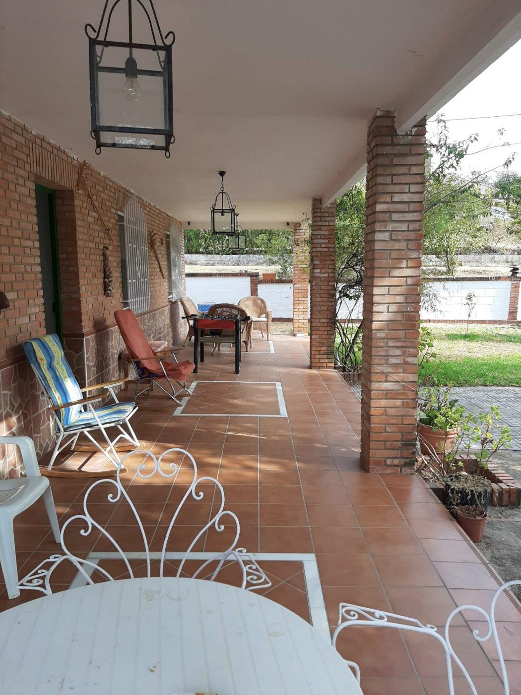 Estupenda casa con piscina propia en zona de assuan- las jaras-cÓrdoba. - imagenInmueble4
