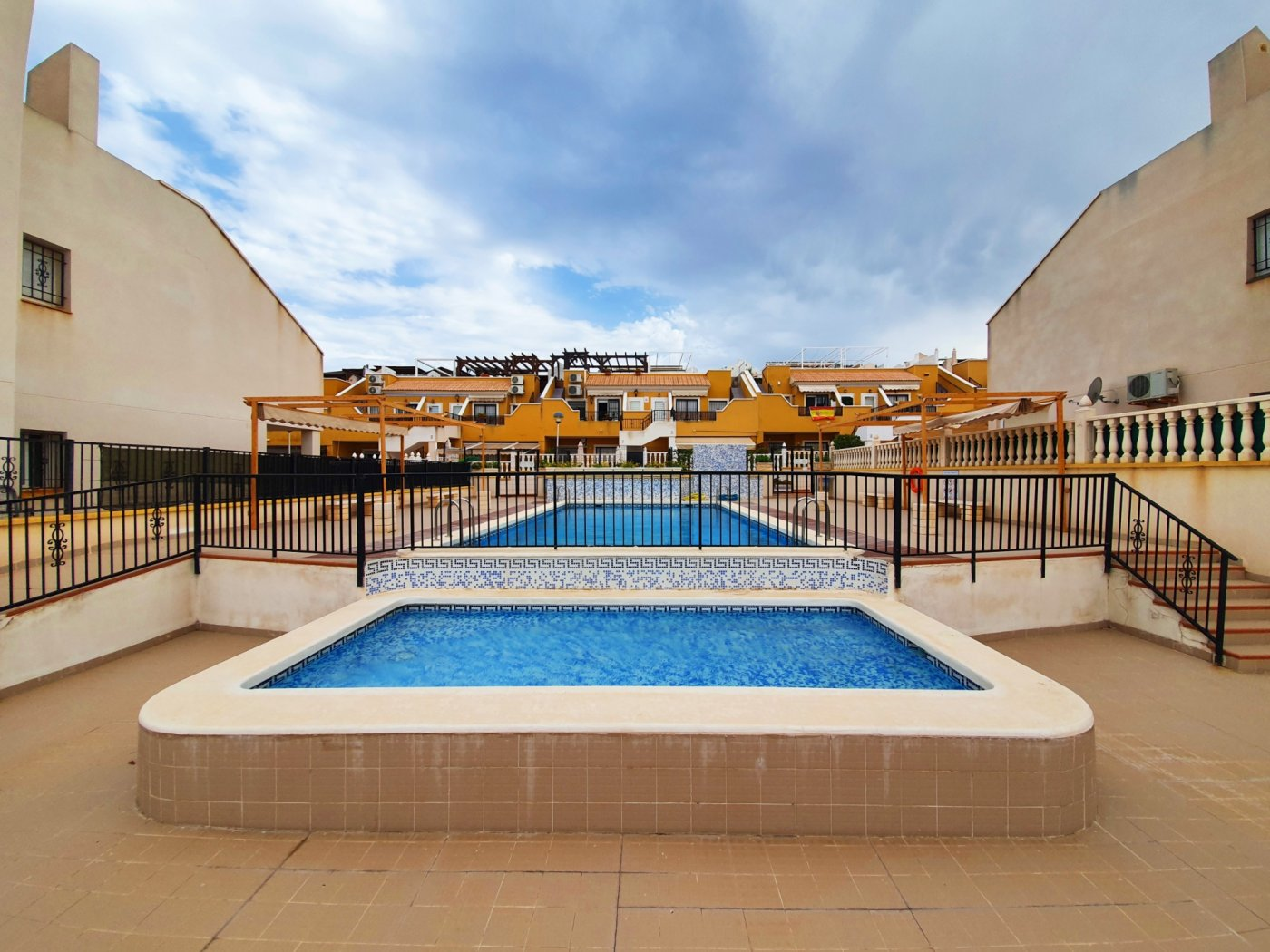 bungalow en arenales-del-sol · avenida-costa-blanca 138500€