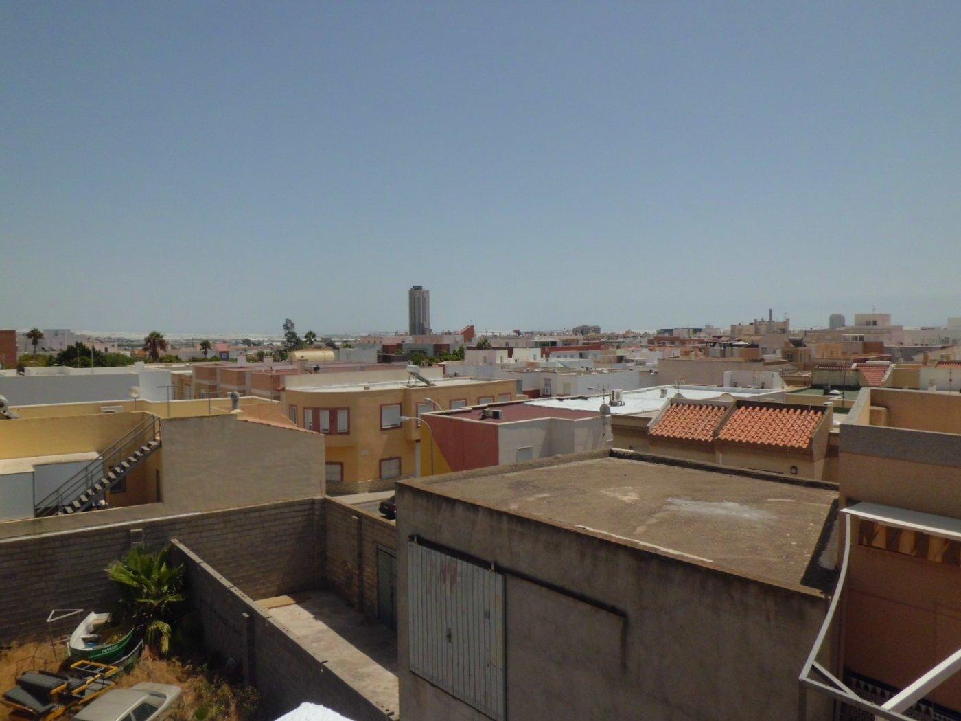 Vivienda sobre almacén en El Ejido - Ejido norte