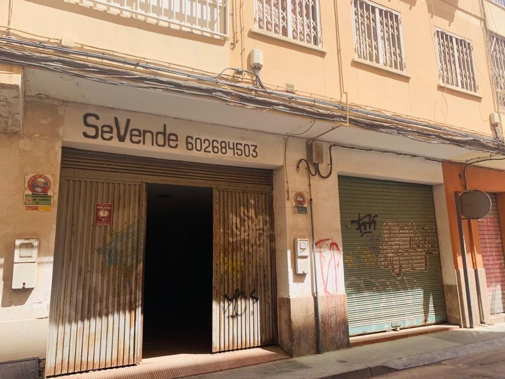 Local comercial en Almeria