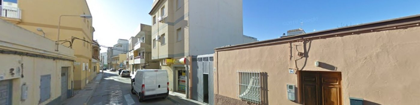 Local comercial en Balerma