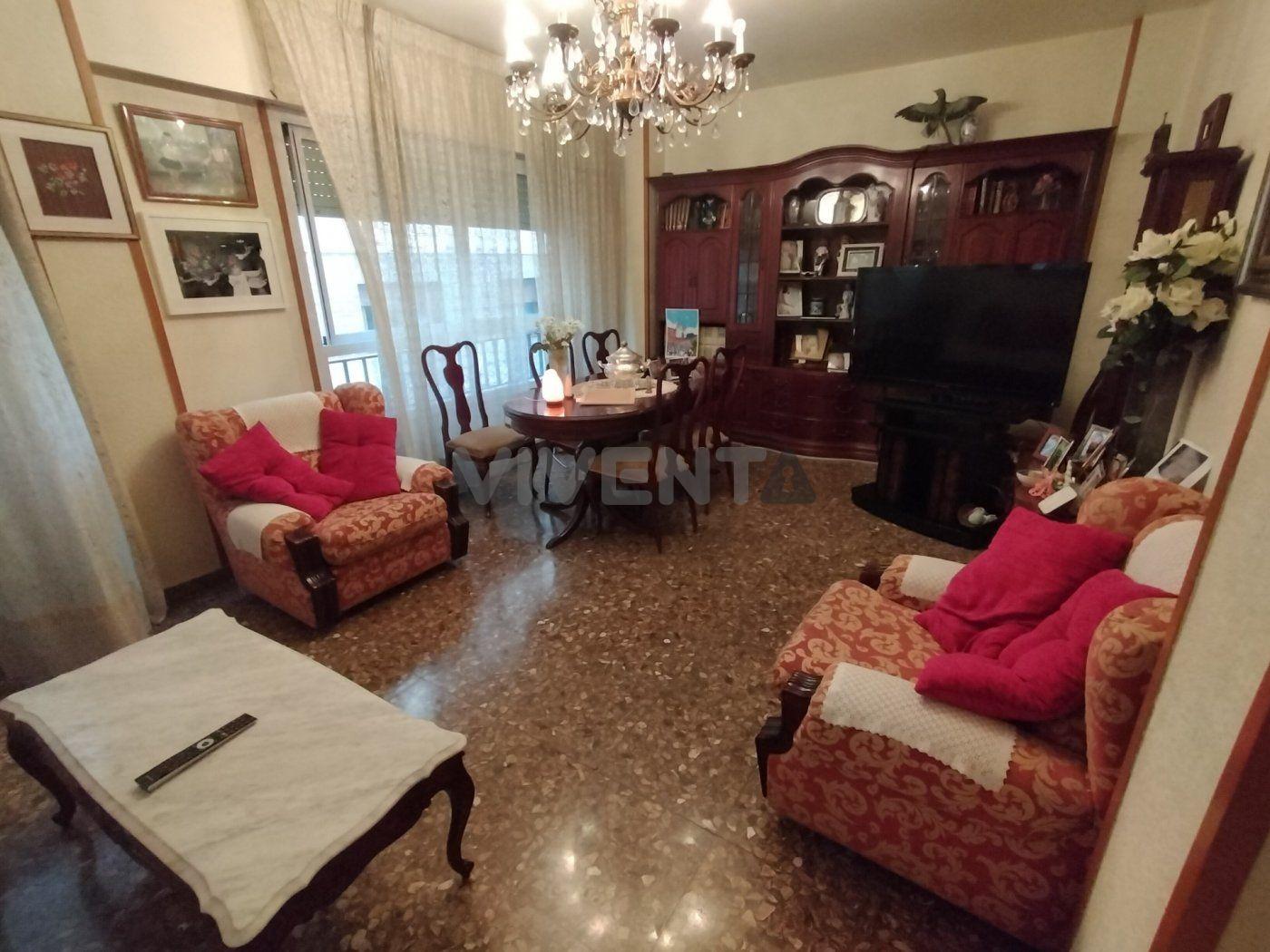 piso en murcia · plaza-santo-domingo 270000€