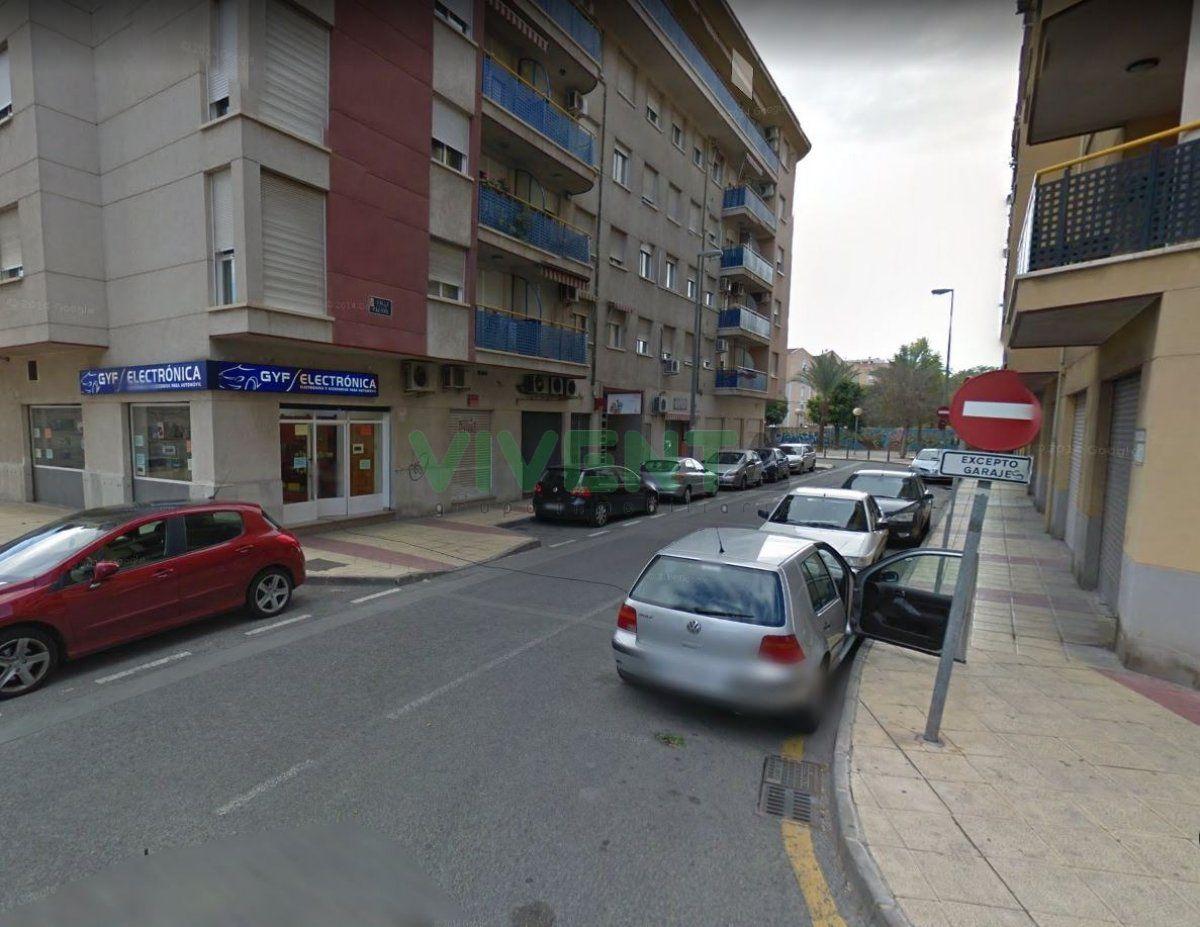 local-comercial en murcia · barrio-del-carmen 90000€