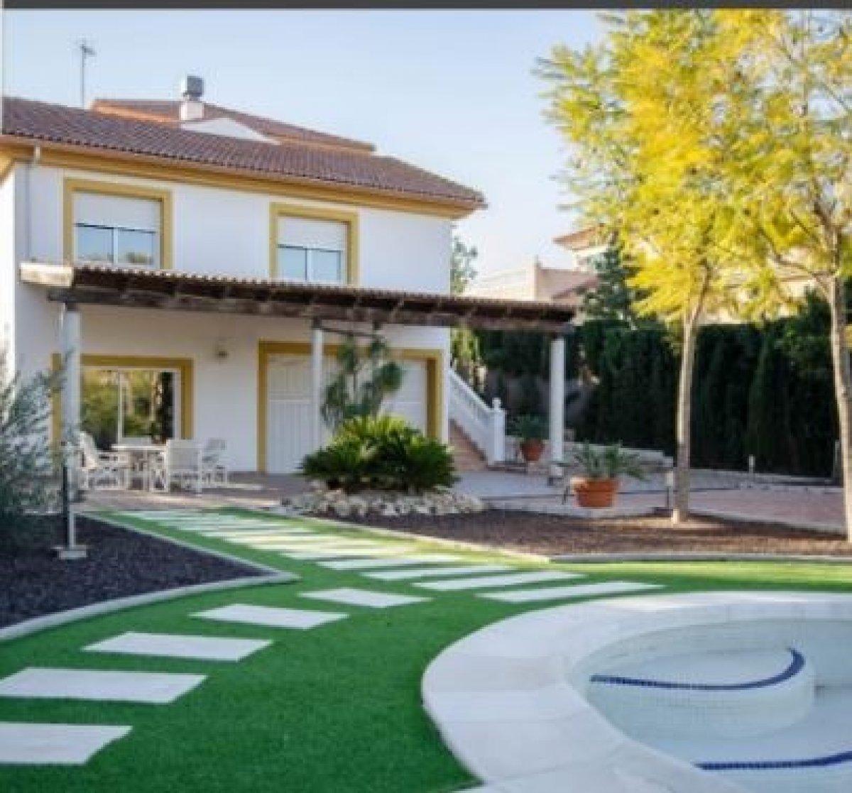 chalet en la-alcayna · alcayna 390000€