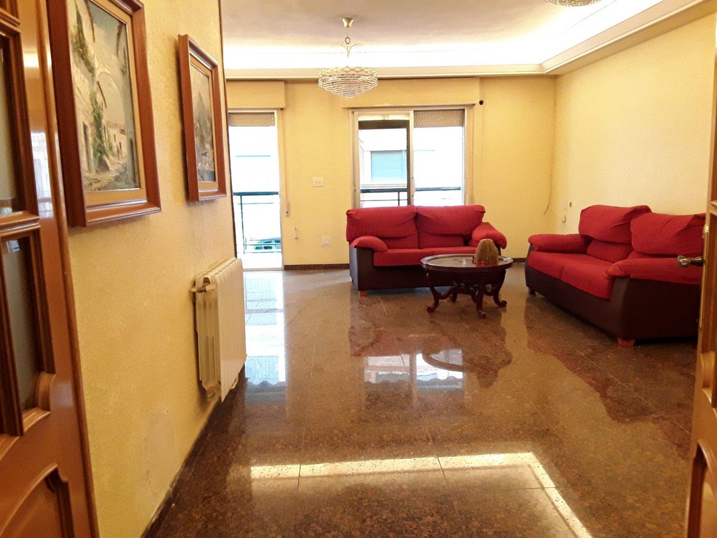 piso en molina-de-segura · centro 120000€