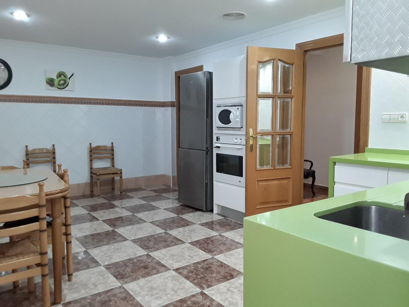 piso en molina-de-segura · centro 140000€