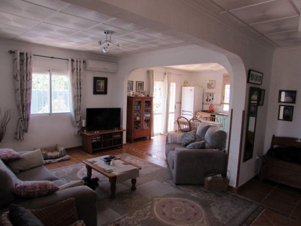 Encantadora casa de campo con 3 dormitorios dobles
