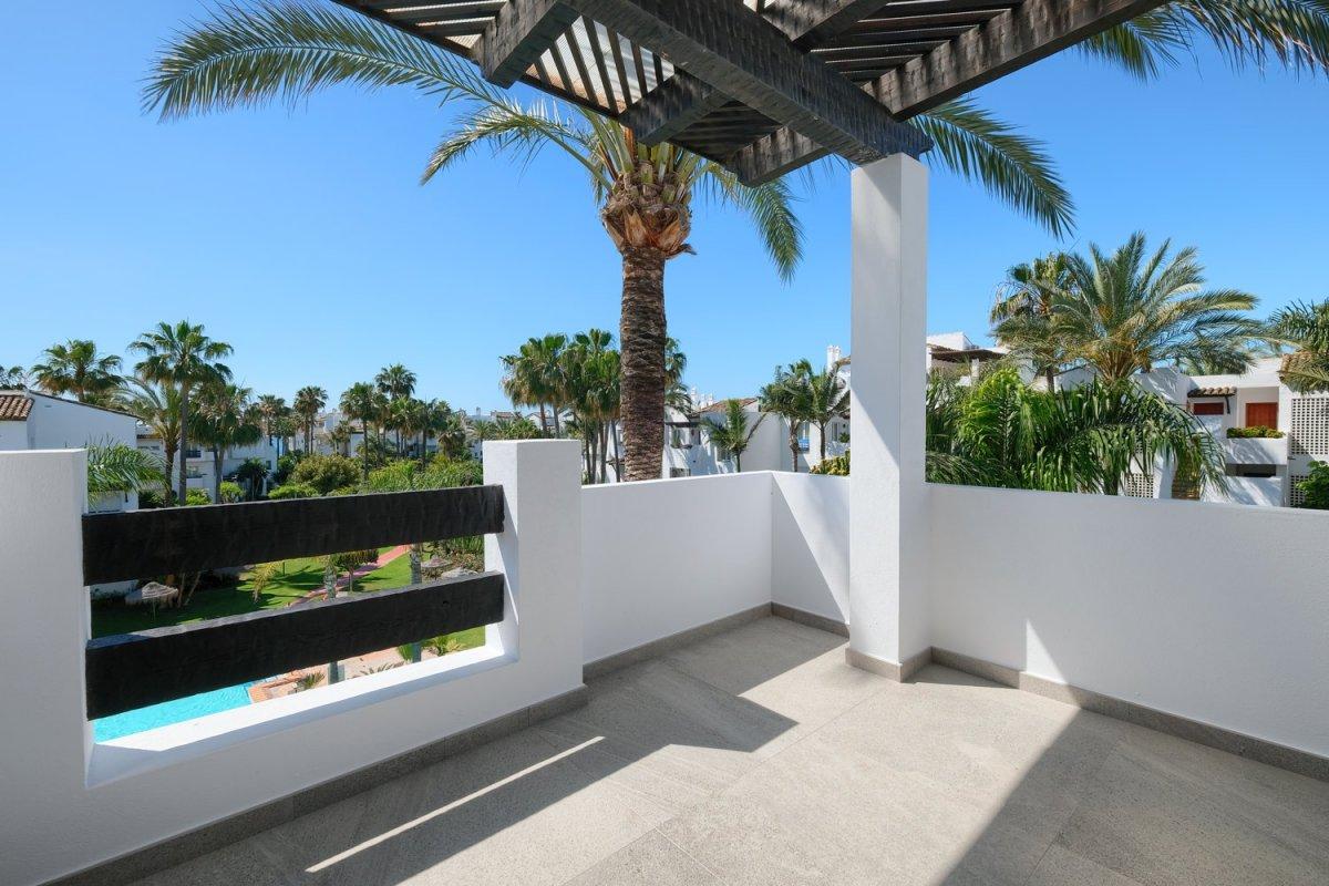 Apartamento en venta en CANCELADA-BEL AIR-COSTALITA, Estepona