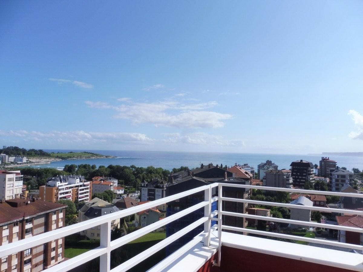 Piso en venta en Santander  de 4 Habitaciones, 3 Baños y 258 m2 por 790.000 €.