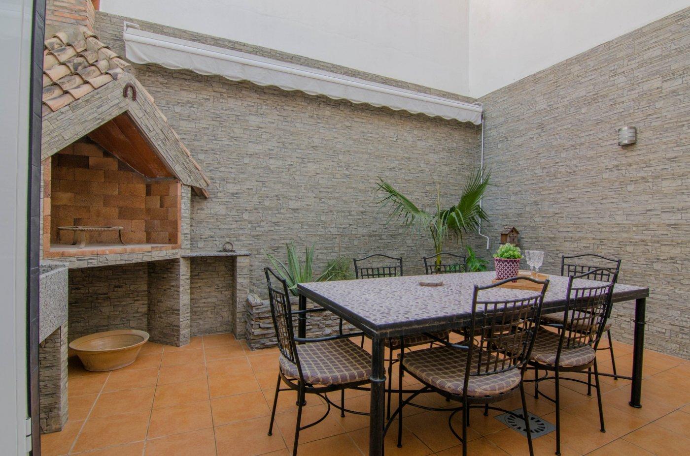 Venta de Casa de Pueblo en Tavernes Blanques