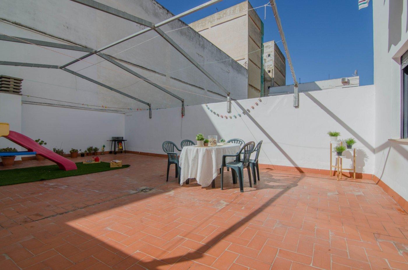 piso en la-pobla-de-farnals · centro 112000€
