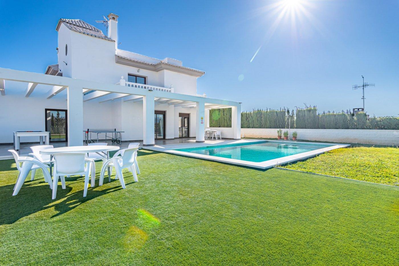 Villa en venta en La sierrezuela, Mijas