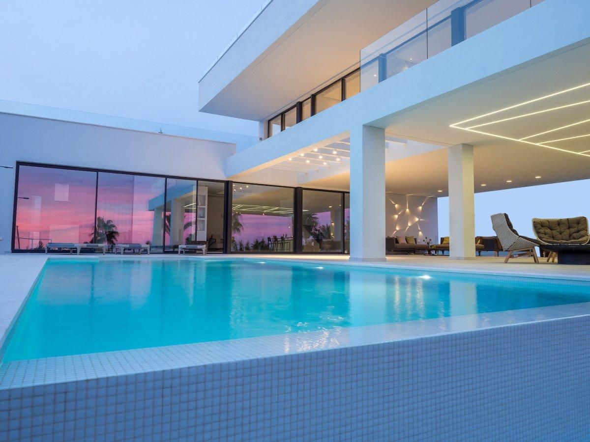 Villa for sale in BENAHAVIS, Marbella