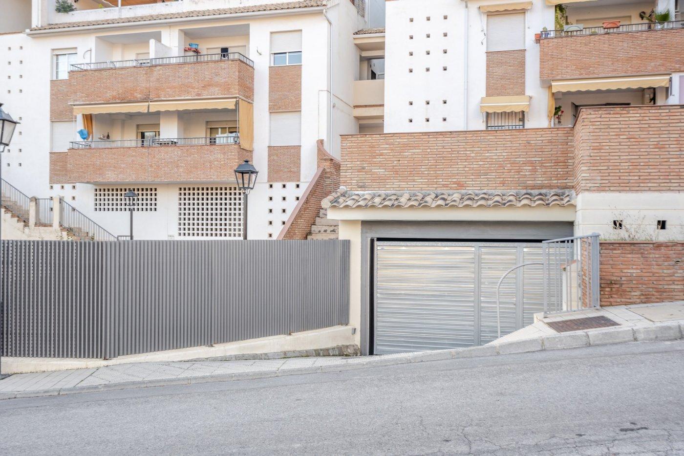 Plaza de garaje con trastero incluido en cenes