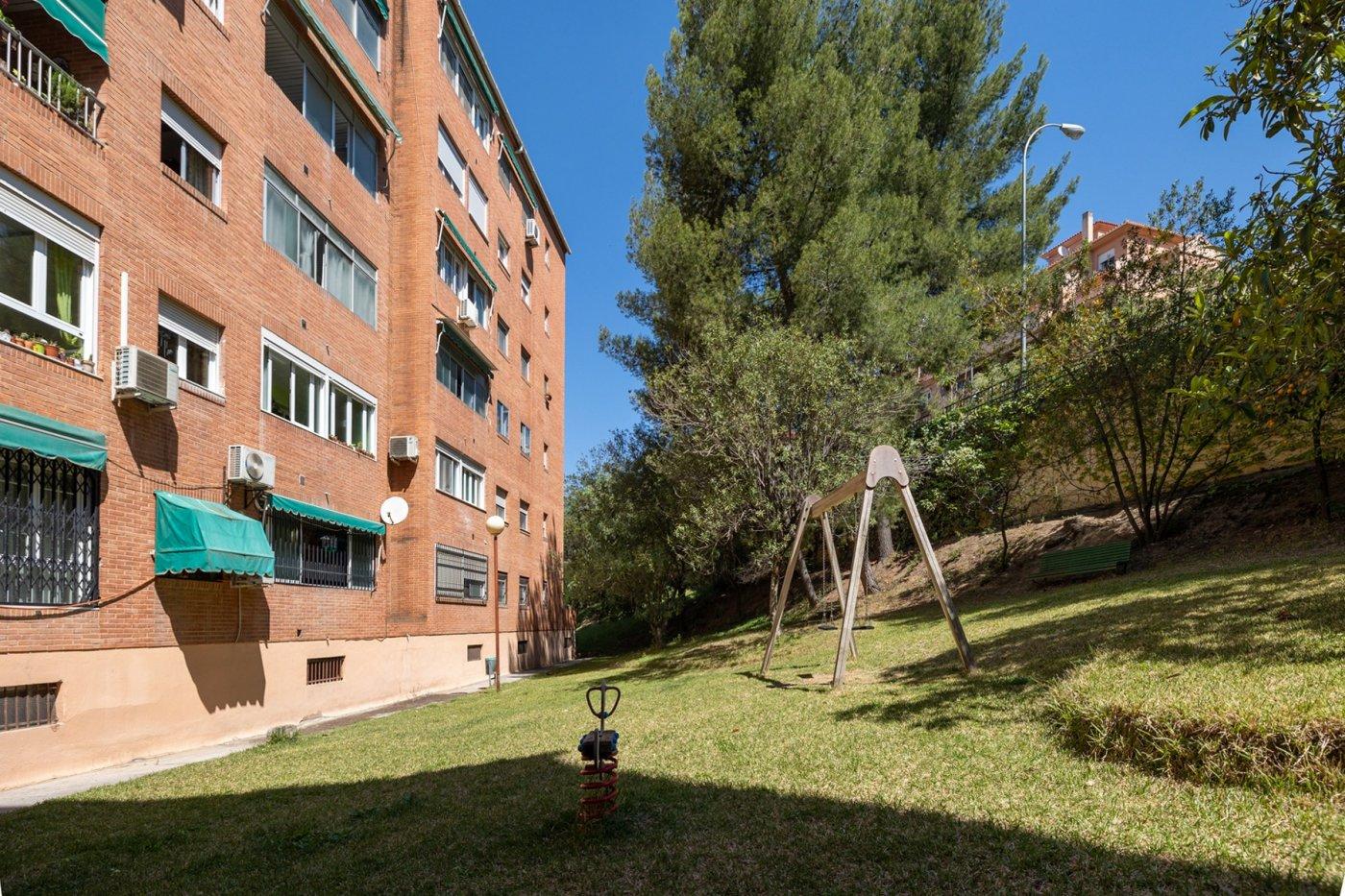 Flat for sale in Camino bajo de huetor, Granada