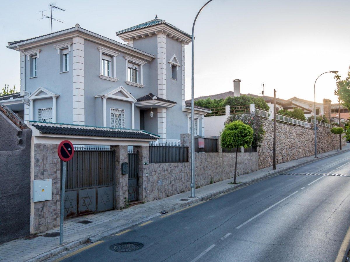 Preciosa casa independiente en los rebites (huétor vega)